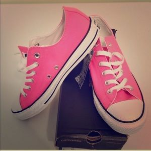 Brand New Converse Chuck Taylor-Neon Pink